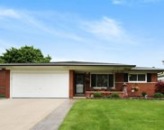 34320 Amsterdam, Sterling Heights image