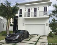 8221 Nw 34th Dr, Doral image