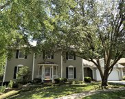 2130 Hunters Way, Chesterfield image