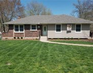 2309 Nw London Drive, Blue Springs image