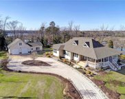 195 Beverly Court, Surry image