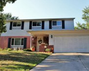 2690 Parlin Drive, Grove City image