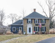 6 Denny  Place, Mariemont image