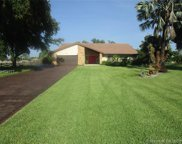 5811 Sw 164th Ter, Southwest Ranches image