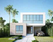 9257 Dickens Ave, Surfside image