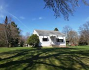 3103 Lakeview Drive, Suamico image
