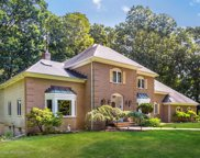 11 Clover Hill Road, Colts Neck image