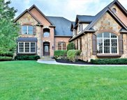 14707 Pleasant Crest  Avenue, Fishers image