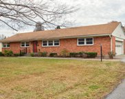 8626 Whipps Bend Rd, Louisville image