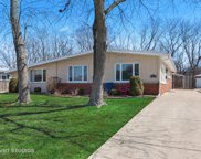 1521 Maple Street, Glenview image