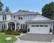 25 Field  Lane, Roslyn Heights image