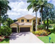 2102 Quail Roost Dr, Weston image