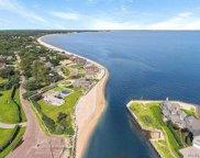 2 Peconic  Cres, Hampton Bays image