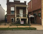 2207 Edwards, St Louis image