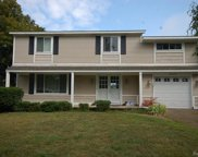 6330 LAKESHORE, West Bloomfield Twp image