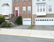 678 MCLEARY SQUARE SE, Leesburg image