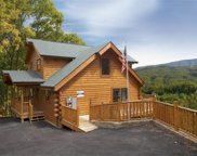 2757 Cats Paw Lane, Sevierville image