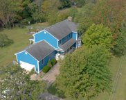 5504 Highpoint Dr, Crestwood image