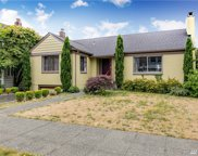 5557 Greenwood Ave N, Seattle image