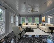 1502 Easy  Street, Belmont image