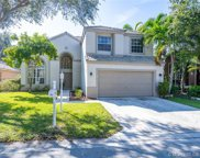 252 Nw 117 Ave, Coral Springs image