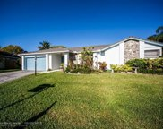 6401 Crossbow Ct, Davie image