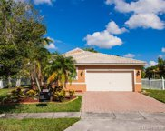 379 Sw 164th Ave, Pembroke Pines image