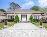 2 Mill Pond  Lane, Lattingtown image