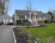 314 Rose  Lane, Smithtown image