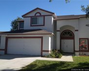 951 Sw 88th Ter, Pembroke Pines image