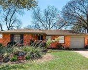 417 Easton Road, Dallas image