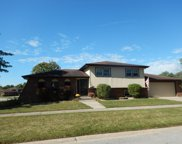 424 Oxford Circle, Schererville image