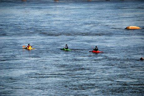 Explore the James River Near Tuckahoe Real Estate
