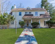 55 Bayview  Avenue, Great Neck image