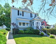 70 Hume Ave, Medford image
