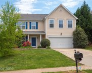 3027 Huntington Ridge  Court, Matthews image