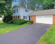 831 Twisted Oak Lane, Buffalo Grove image