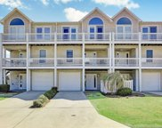 205 N Avenue, Kure Beach image