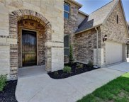 940 Carriage Loop, New Braunfels image