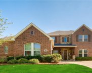 1001 High Hawk Trail, Euless image