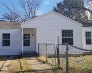 1004 Clarence Street E, Fort Worth image