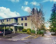 4189 W Lake Sammamish Pkwy SE Unit B210, Bellevue image