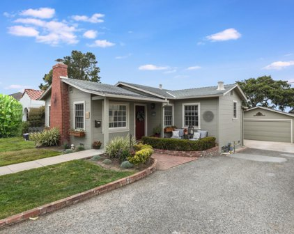 632 Spazier Ave, Pacific Grove