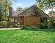 838 Juniper Road, Glenview image