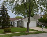 860 Stonefield Place, Roselle image