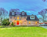 272 Frowein  Road, Center Moriches image