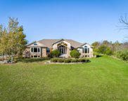 21050 W Windsor Dr, New Berlin image