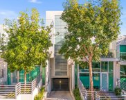 914 -924 N West Knoll Drive, West Hollywood image