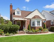 1652 New Hyde Park Rd, New Hyde Park image