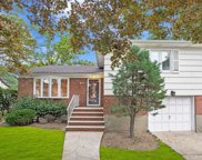 141 E Saint Marks Pl, Valley Stream image